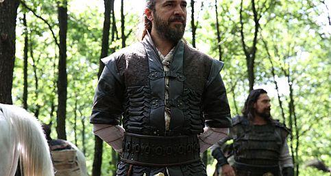 Diriliş Ertuğrul'a dev transfer! Osman Gazi'yi kim canlandıracak? Osman Gazi kimdir? Hangi oyuncu Osman Gazi karakterinde?