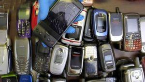 Akıllı olmayan cep telefonları moda oldu Sebebi ise...