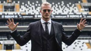 Beşiktaş'ın yeni transferi çapkın çıktı! Türk güzel modele DM'den yürüdü