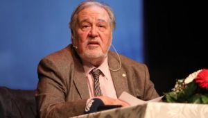 Tarihçi profesör İlber Ortaylı'dan korkutan uyarı: Açlık kapıda