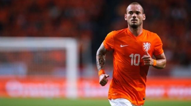 Wesley Sneijder veda ediyor
