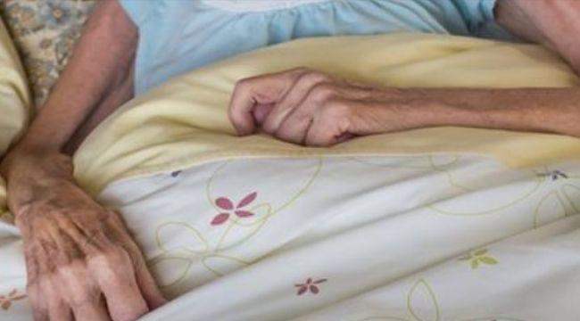 Huzurevinde Ölen Kadının Geride Bıraktığı Mektup Herkesi Ağlattı