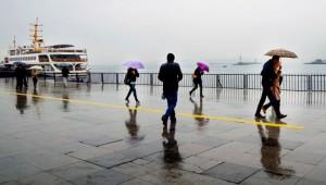 Hava durumu: Lodos beraberinde İstanbul'a kuvvetli yağışı getirecek