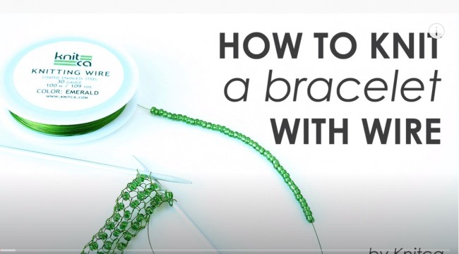 How to knit a bracelet with wire (with captions)