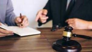 Şüphelenen koca 2 senelik evli eşini mahkemeye