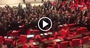 TBMM'de kapalı oturumda kavga! AKP'li milletvekillerinden saldırı